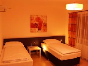 Zimmer 2 (Erdgeschoss)